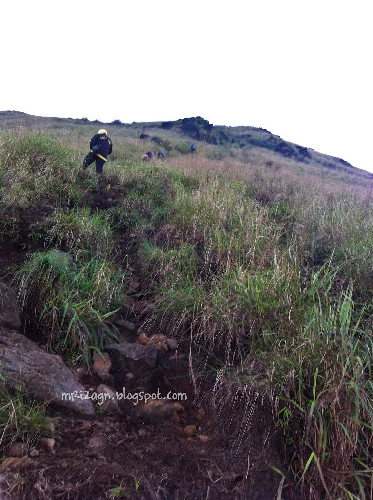 Pendakian Gunung Penanggungan 1.653 mdpl : serba Nanggung !